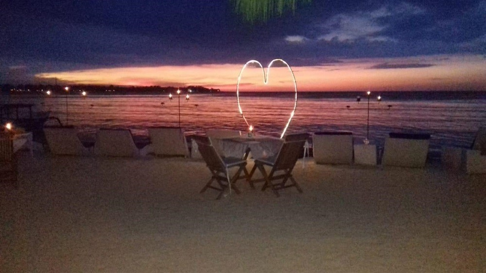 Beautiful Restaurant With Perfect Sunset Point In Gili Air