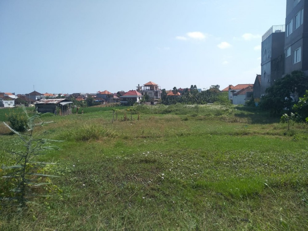 33.75 Are Leasehold Land in Berawa