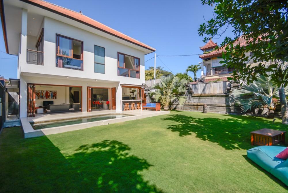 Villa moderne de style occidental à vendre à Sanur