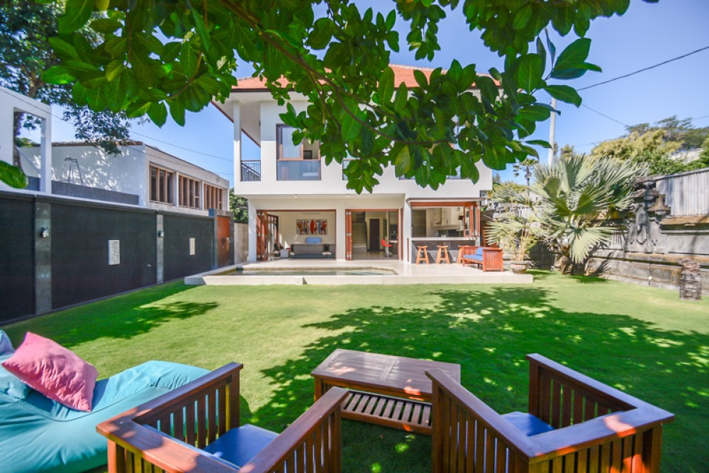 Modern Western Style Villa with High ROI for Sale in Sanur