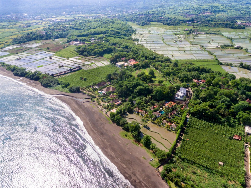 Amazing Beautiful Resort for Sale in North Bali