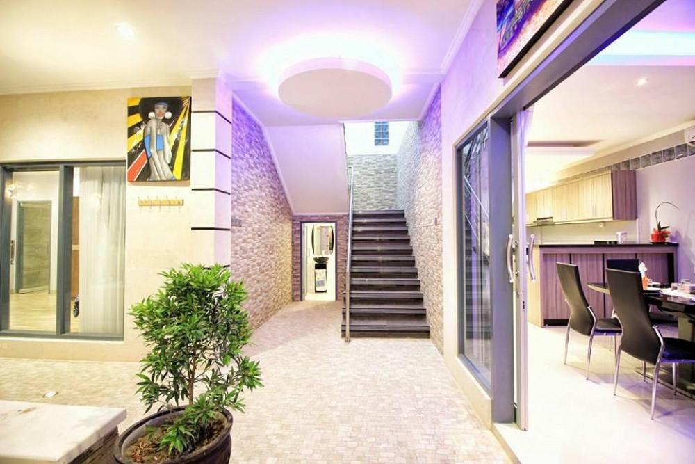 3 Bedrooms Villa in Tibubeneng