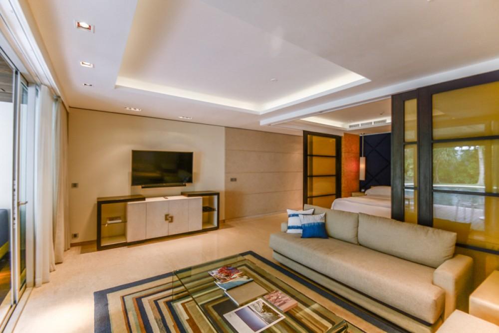 Luxury One Bedroom Beachfront Apartment for Sale in Echo Beach