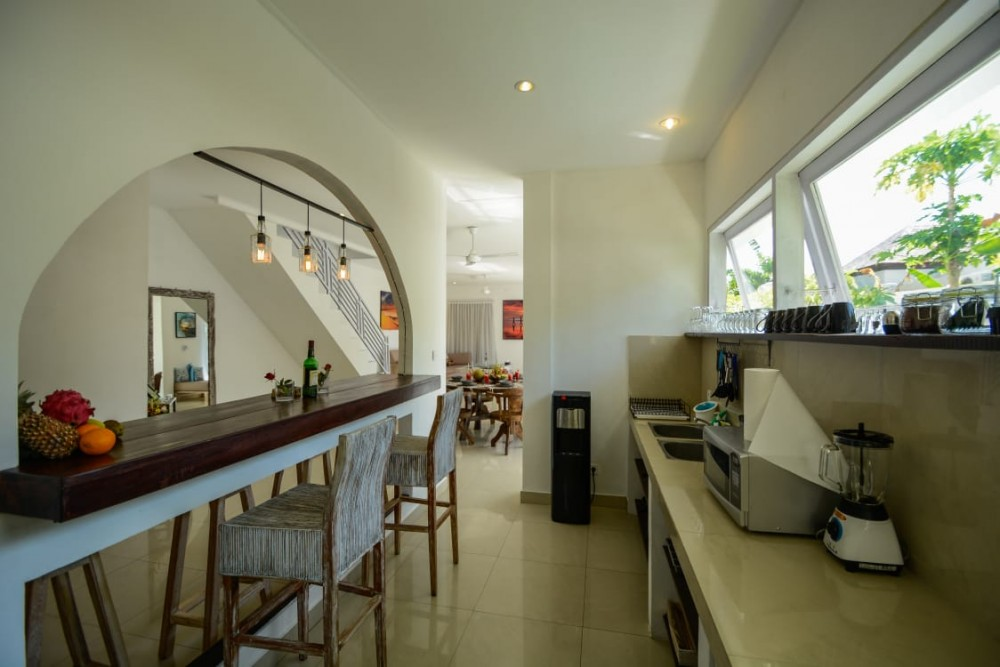 PRIME LOCATION VILLA FOR SALE IN SEMINYAK (AVAILABLE 1ST OCTOBER 2020)