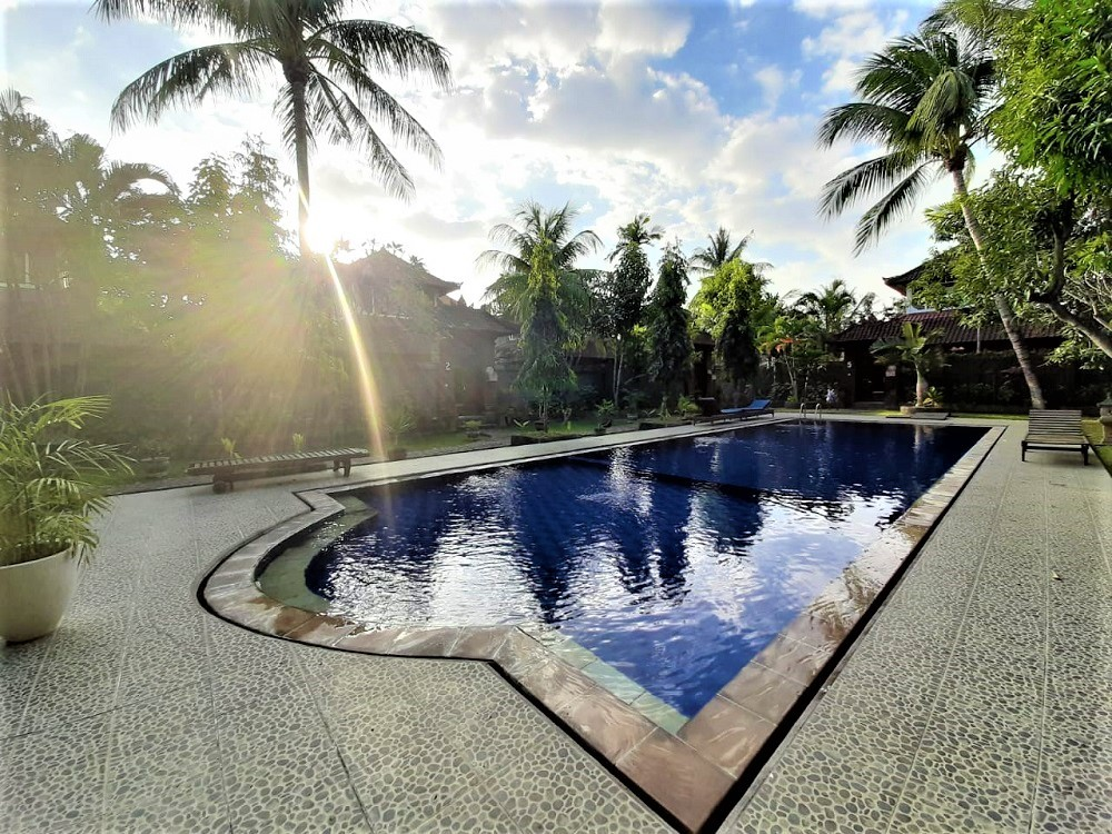 Beautiful Two Bedrooms Villa In Seminyak With Shared Pool