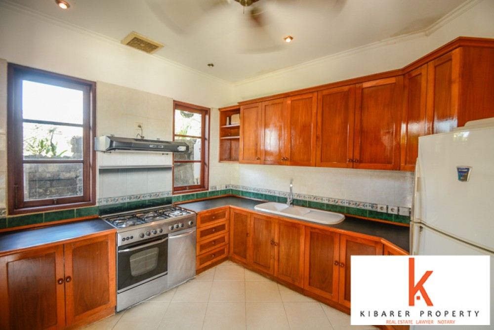 Beautiful Hilltop Villa with Ocean View for Sale in Jimbaran
