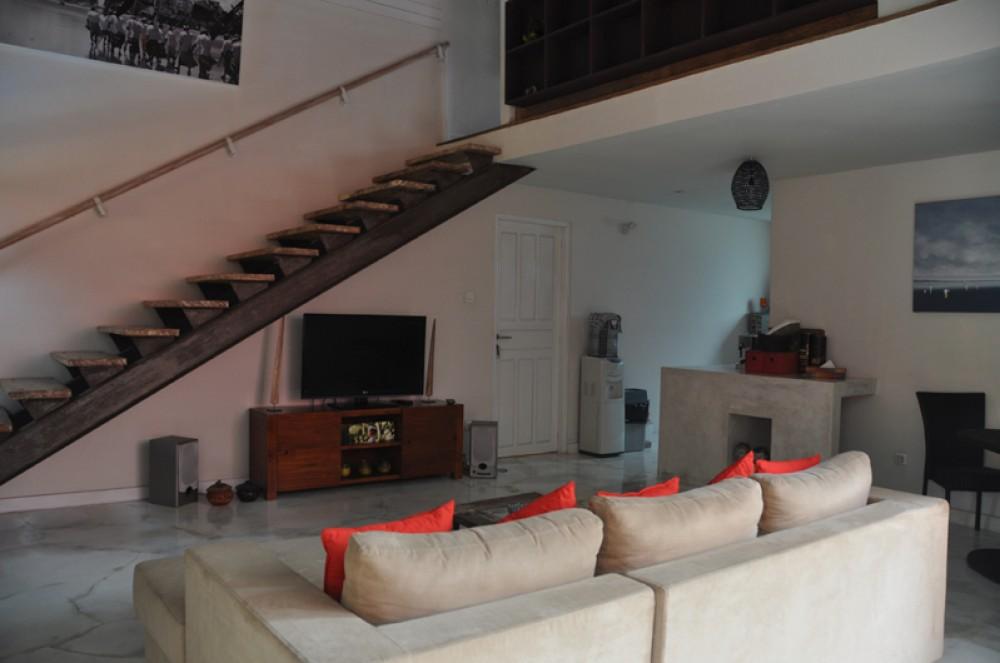 Beautiful Mix Modern Traditional Villa for Sale in Kerobokan