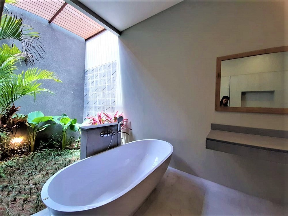 Beautiful Three Bedrooms Villa In Pererenan With Rice Field Sunset View