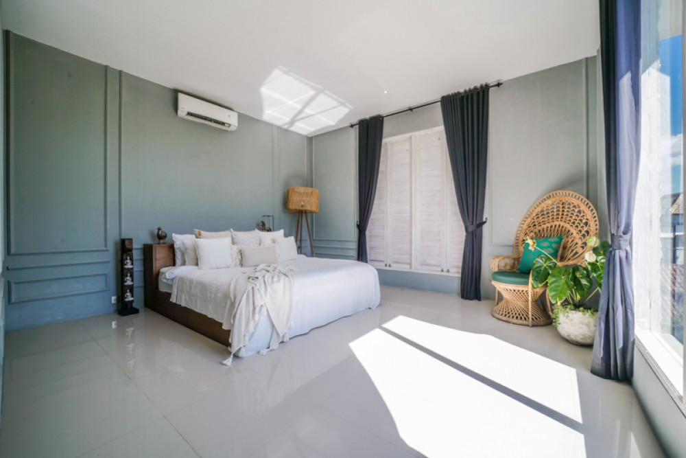 Charming Four Bedrooms Villa for Sale in Canggu