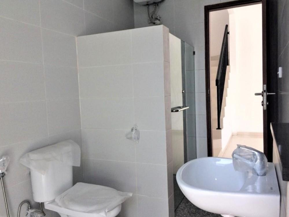 Beautiful Three Bedrooms Villa in Umalas Area ( minimum 2 years rent )