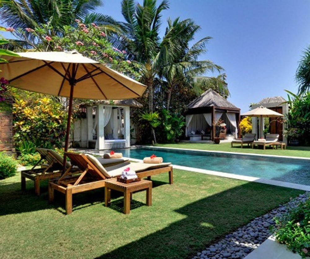 Beautiful Beachfront Freehold Real Estate With Amazing Ocean Views For Sale in Sanur