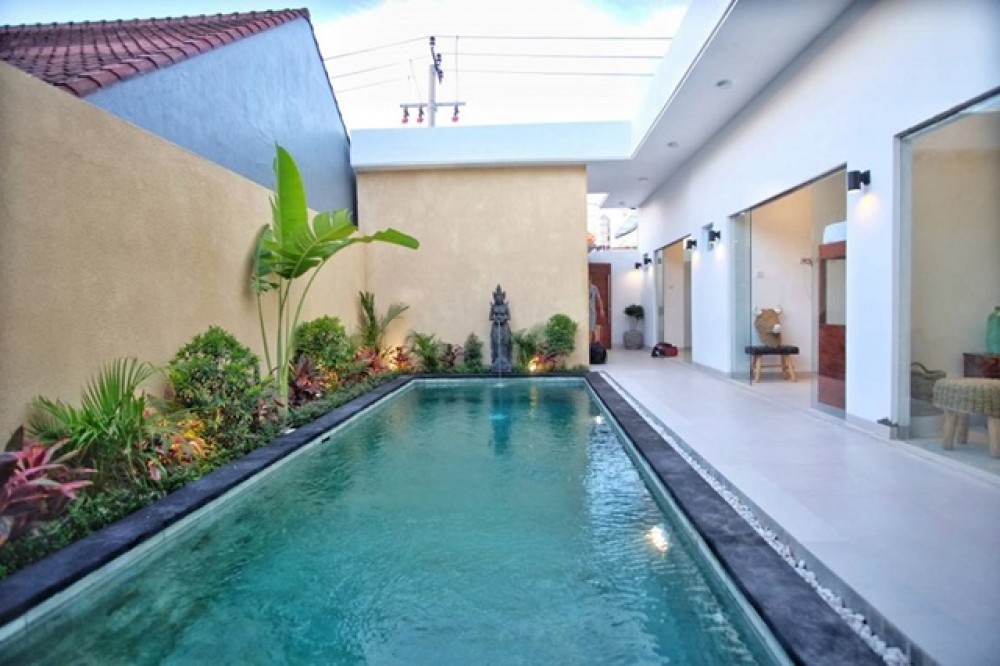 Brand New 3 Bedroom Leasehold Villa in Kerobokan for Sale