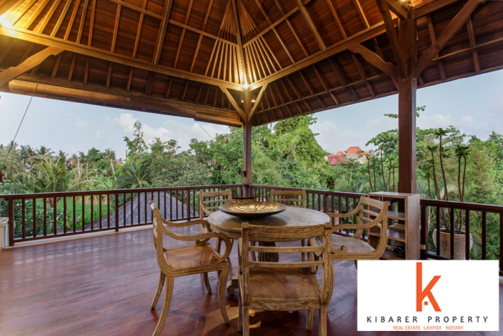 Amazing Two Level Freehold Villa with Rice Paddies View for Sale in Berawa