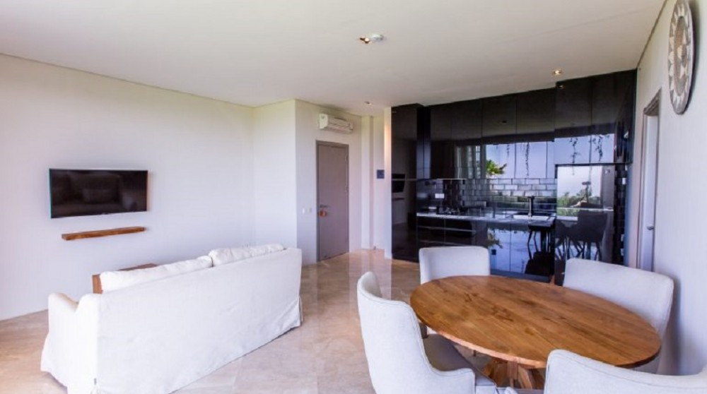 Beautiful Two Bedroom Apartment with ocean view in Pererenan