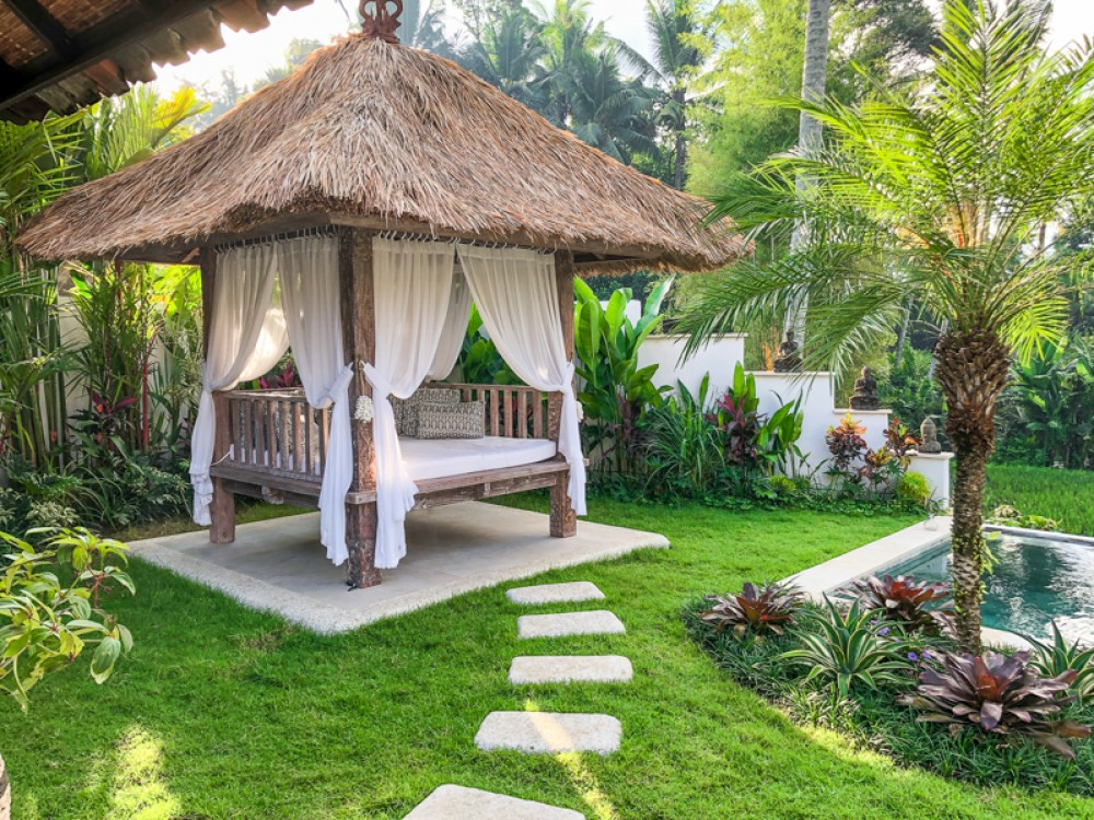 Stylish Villa with Spacious Land for Sale in Ubud