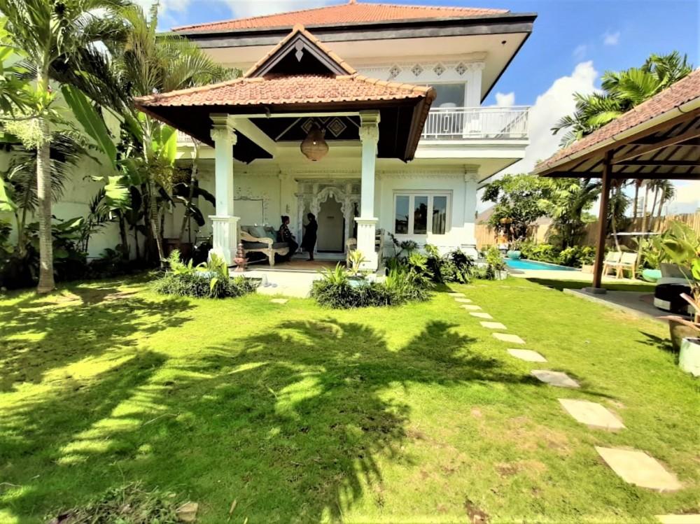 Beautiful Three Bedrooms Villa In Canggu (Minimum 2 Years Rental)