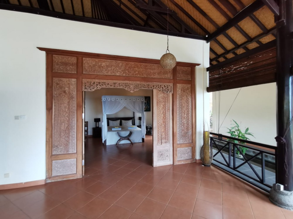 Fantastic Ocean View Villa with Spacious Land for Sale in Lovina