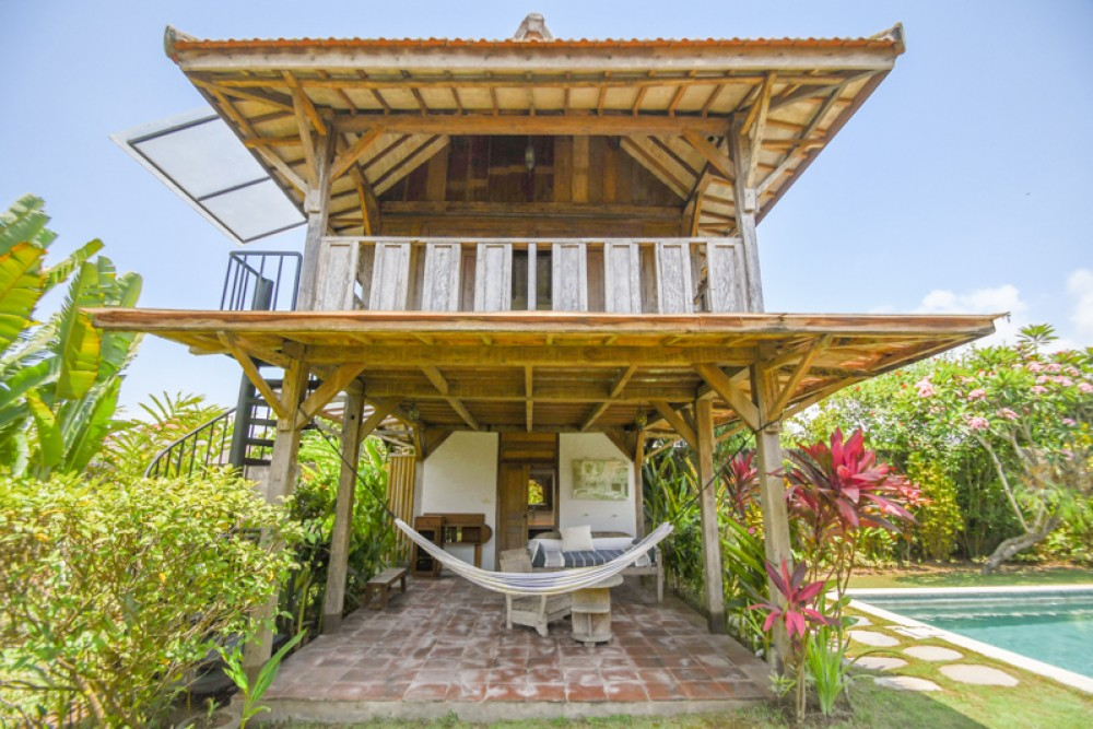 Stylish and Spacious Villa for Sale in Tanah Lot