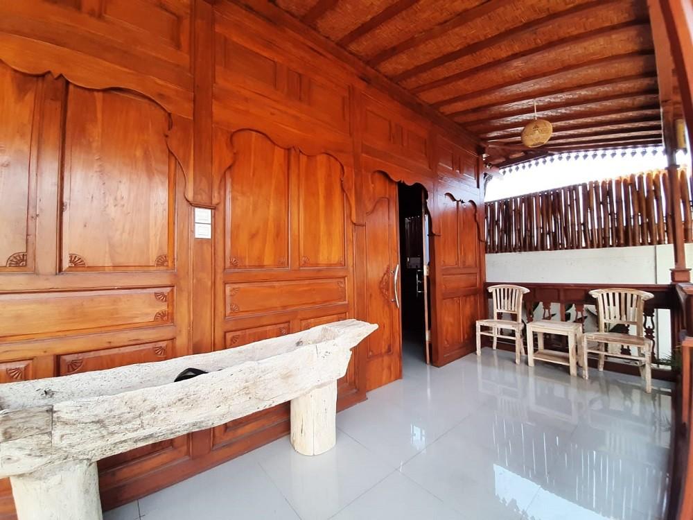 Brand new joglo style two bedroom villa in Kuta Area