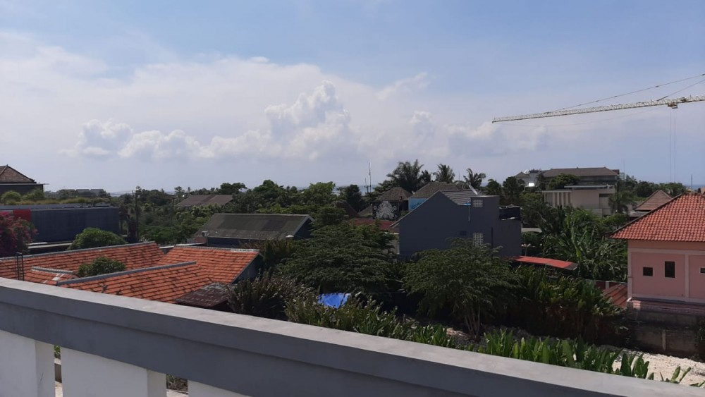 Unfinished Homestay Project in Batu Bolong for Lease