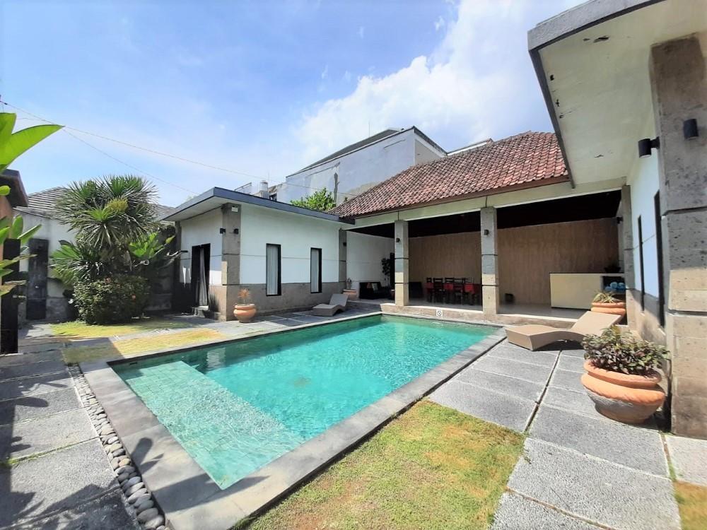 lovely two bedroom complex villa in umalas