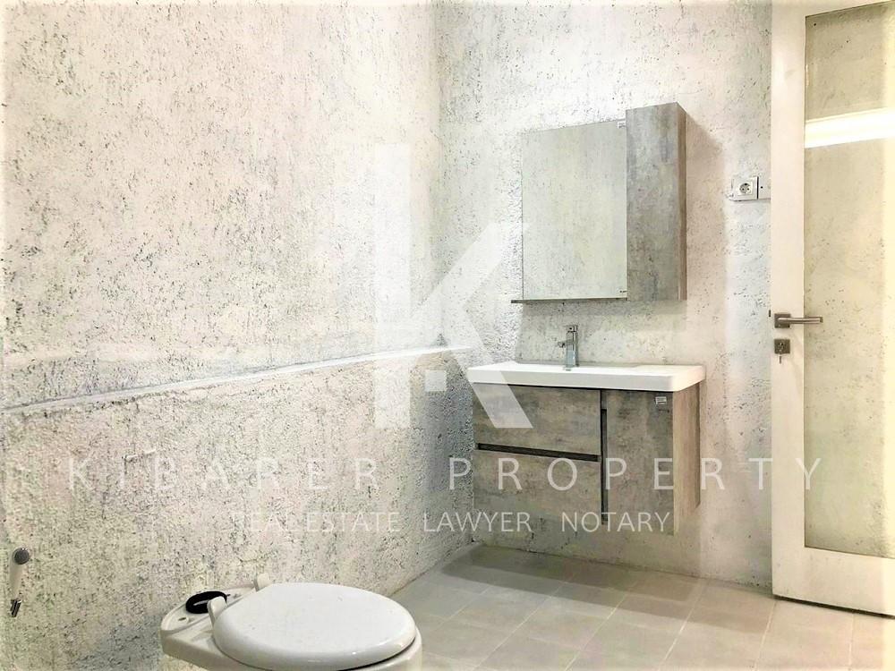 Brand new Beautiful 3 Bedroom Semi Furnished Villa