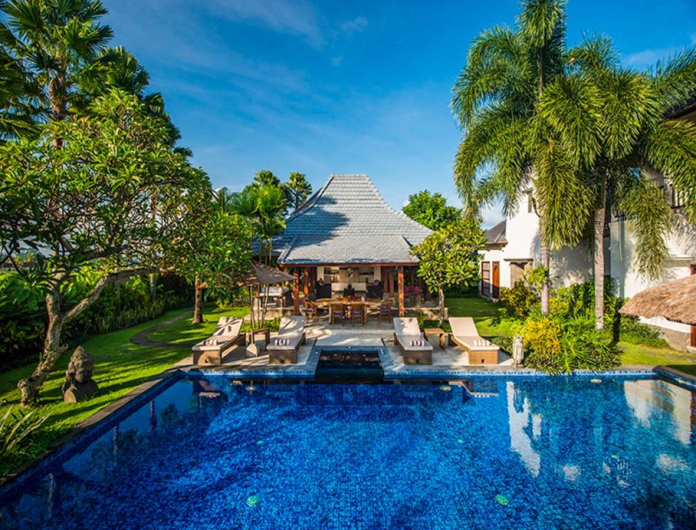 Nilai Terbaik Freehold Villa dengan Pemandangan Sawah Dijual di Kedungu