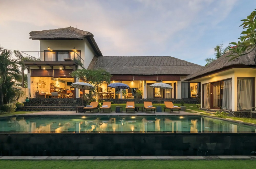 Amazing Luxurious Villa with Rice Paddies View for Sale