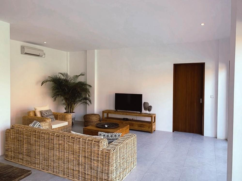 New Breezy Long Lease Villa for Sale in Canggu