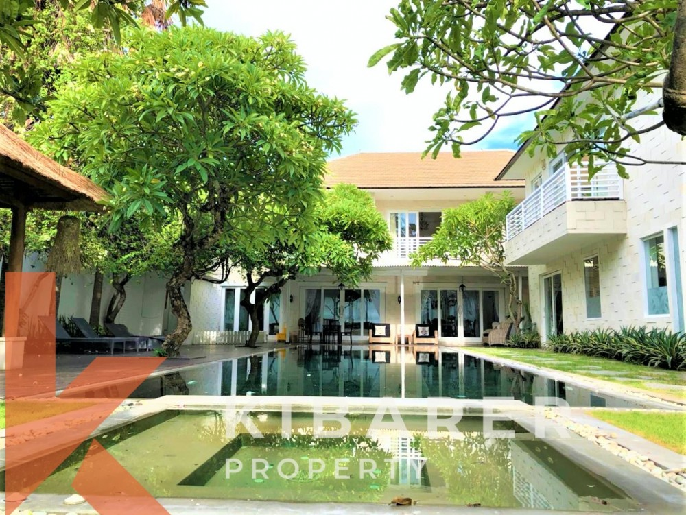 LUXURIOUS FIVE BEDROOM VILLA IN BATU BELIG