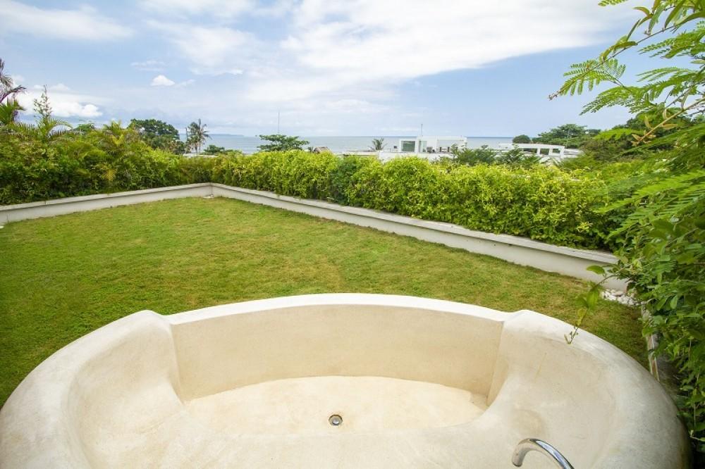 Beautiful Five Bedrooms Villa In Seminyak (Minimum 3 Months Rent)