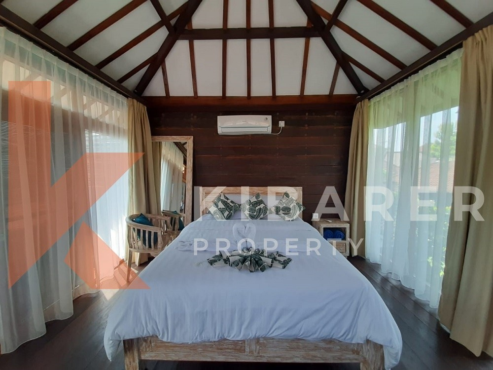 Four Bedroom Wooden Teak Villa located in Kerobokan