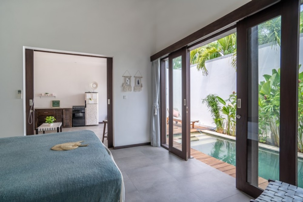 Cozy 1 Bedroom Studio Close to the Beach for Sale