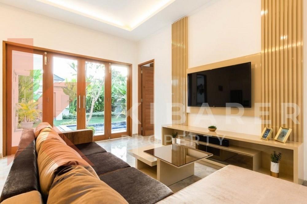 Beautiful Two Bedrooms Close Living Room Villa In Seminyak