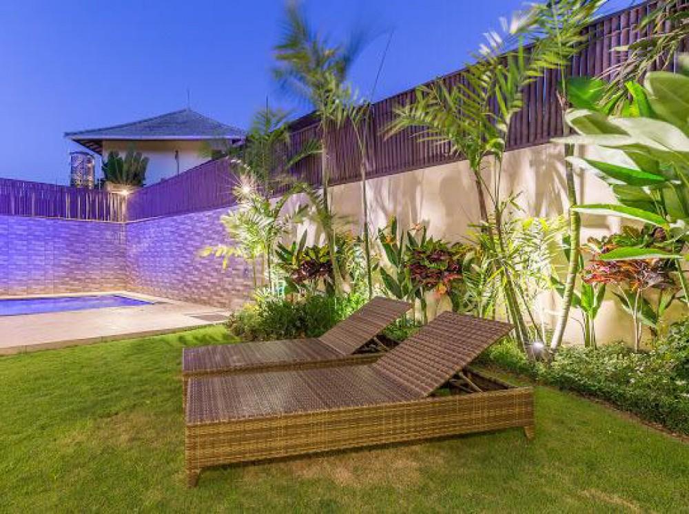 Villa Tiga Kamar Tidur Modern Dijual di Lokasi Terbaik Seminyak
