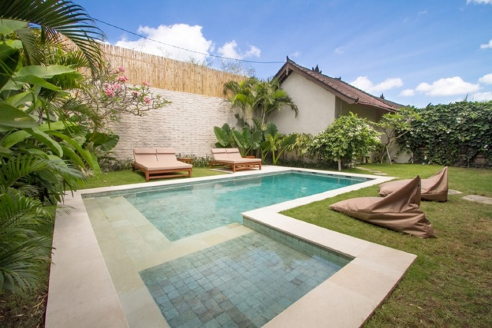Lovingly Maintained 2 Bedroom Leasehold Villa in Seminyak for Sale