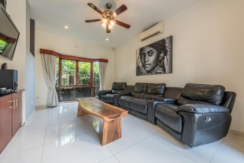 Exquisite and Luxury 5 Bedroom Villa in Seminyak for Leasehold Sale