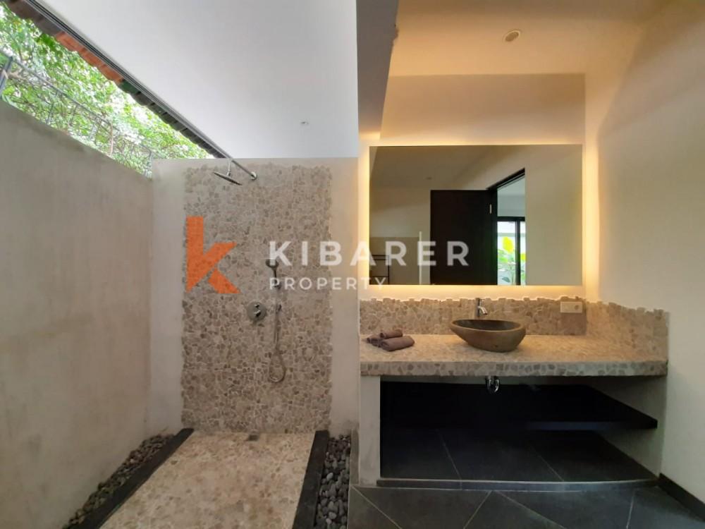 Three Bedroom Villa Complex with rice field view in Umalas
