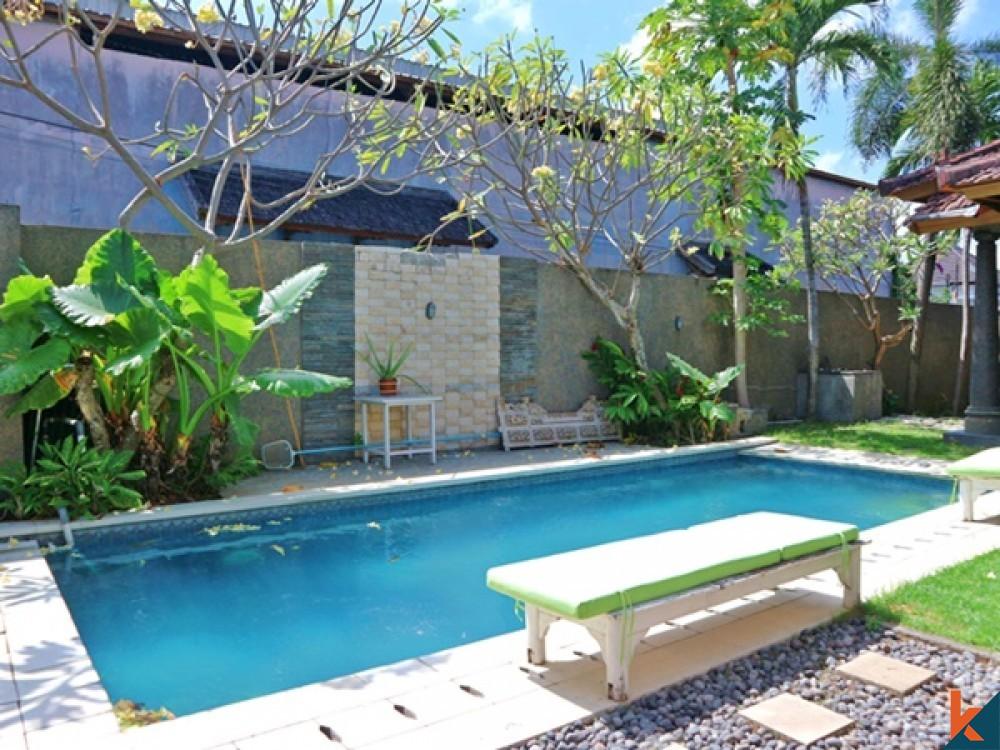 Beautiful 5 Bedroom Leasehold Renovated Villa in Berawa for Sale