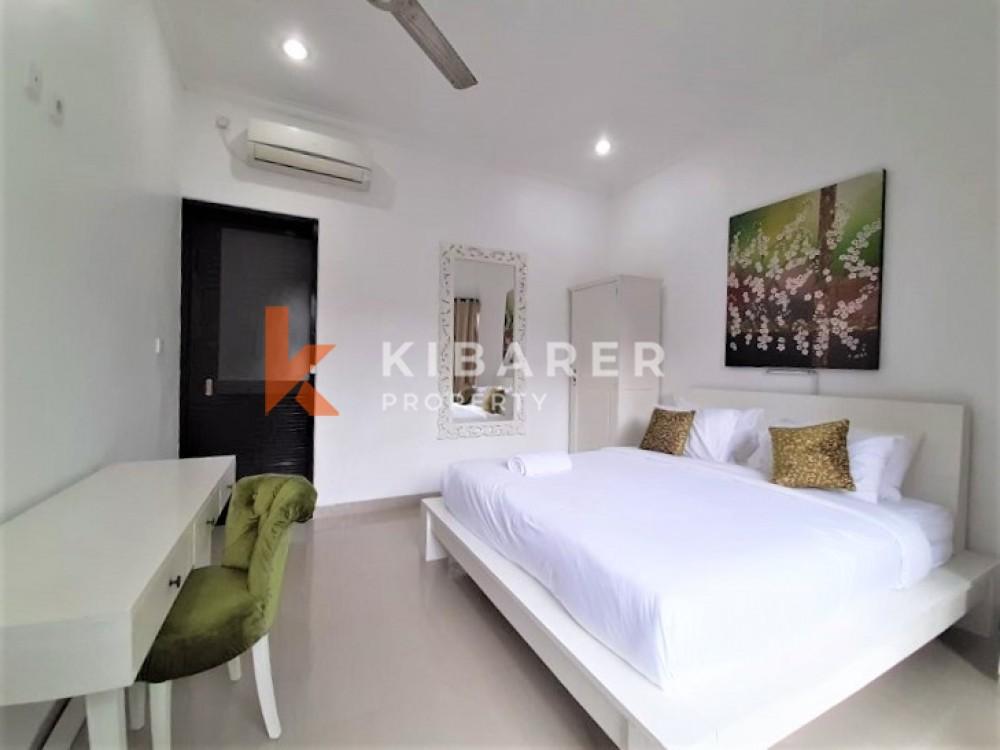 Beautiful Four Bedrooms Villa In Berawa Canggu