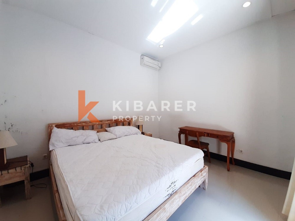 Cozy Nine Bedrooms Guest House in Canggu