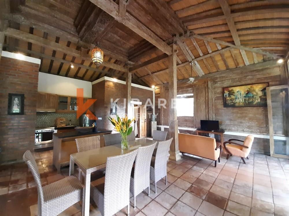 Two Bedroom Joglo Villa in prime location Berawa