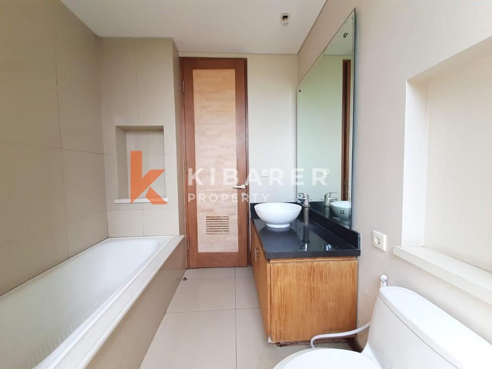 Villa 2 chambres avec accès facile à la zone moyenne à Seminyak