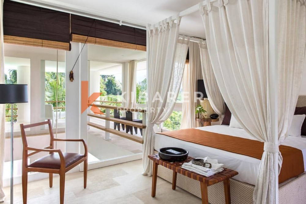 Luxury five bedrooms villa in Pererenan ( will be available on June 2021 )