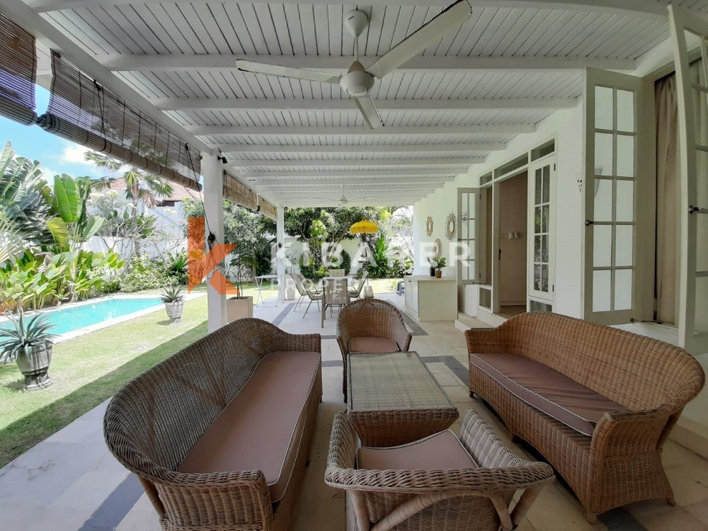 Charming Three Bedroom Villa full furnished with good location in Berawa ( will be available 1st June 2021 )