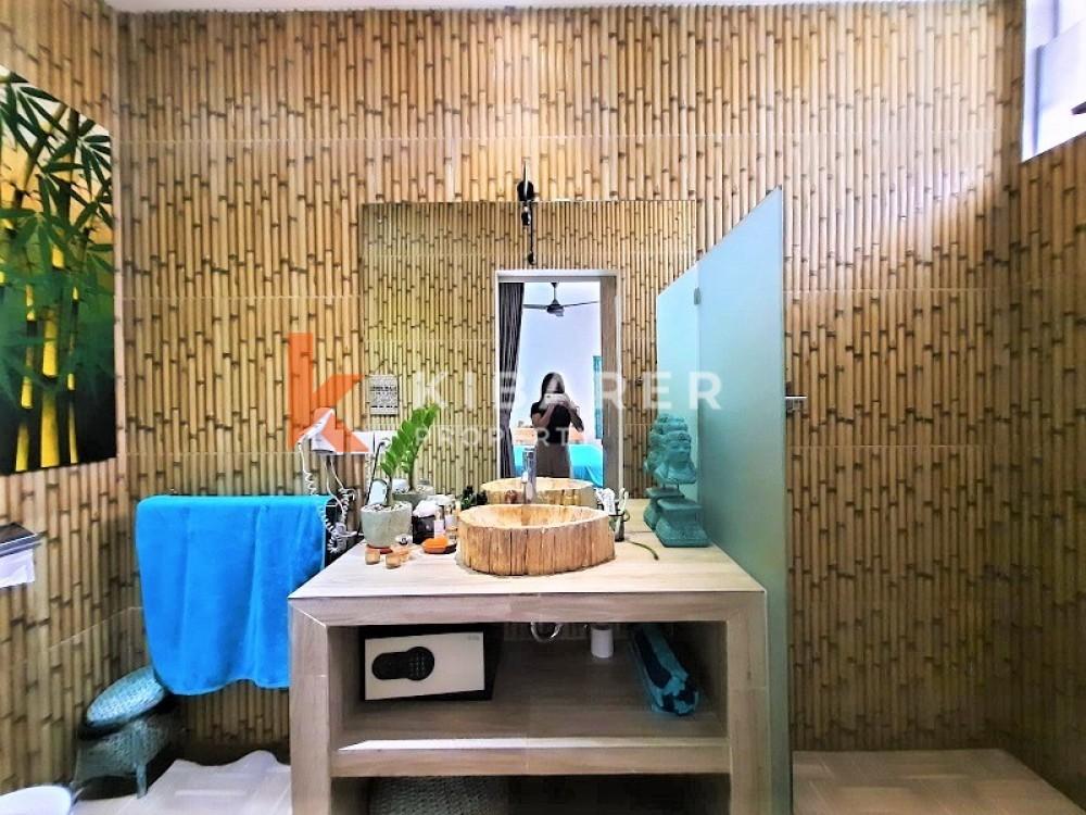 BEAUTIFUL COZY FIVE BEDROOM OPEN LIVING VILLA IN SEMINYAK