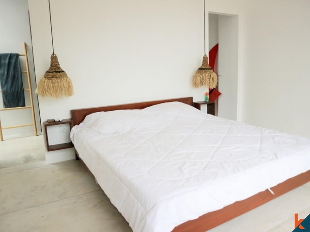 Spacious and Simply Elegant 2 Bedroom Leasehold in Batu Bolong for Sale