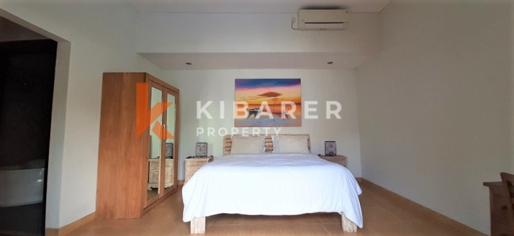 Beautiful Two Bedrooms Close Living Room Style Villa In Canggu