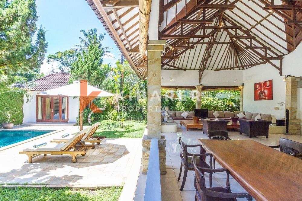 Belle villa de trois chambres à Batu Belig Seminyak