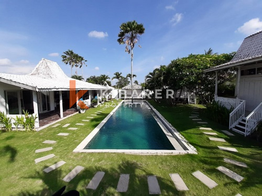 Lovely Five Bedrooms Villa With Joglo Style In Lovely Area In Umalas